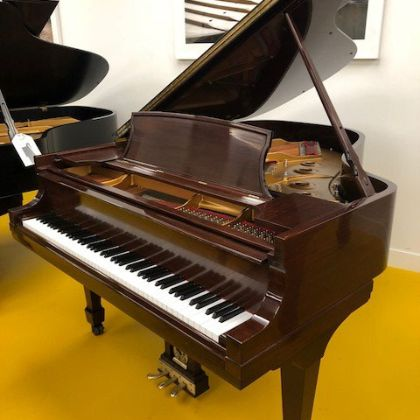 /pianos/used/575556-form